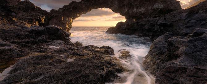 Miguel Pascual Mejías foto playa y arco con trípode Leofoto