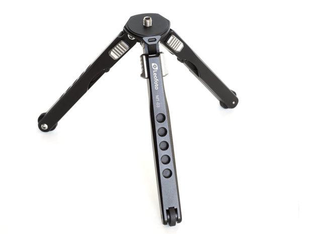 Mini trípode MT-03 en aluminio ligero