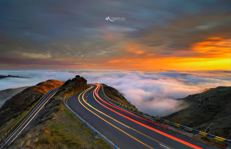 Duarte Sol y paisaje de carretera realizado con  trípode y rótula Leofoto