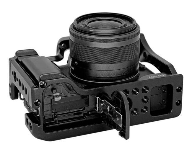 Vista inferior Camera Cage Leofoto EOS M50